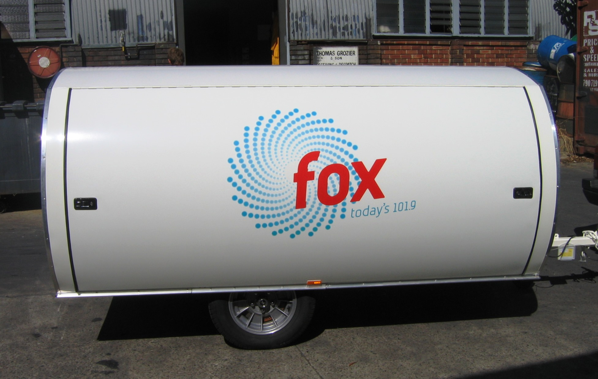Fleet graphics. Fox 101.9 Austereo Melbourne trailer. Radio station promotions.